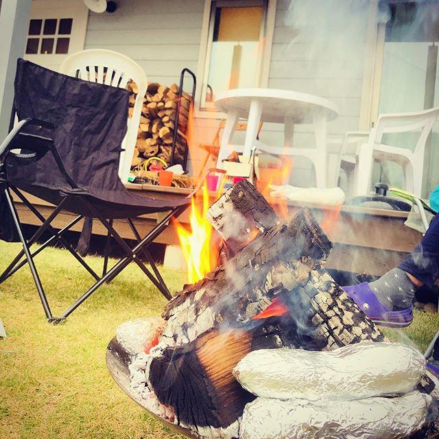 焚き火は良いのぉ。